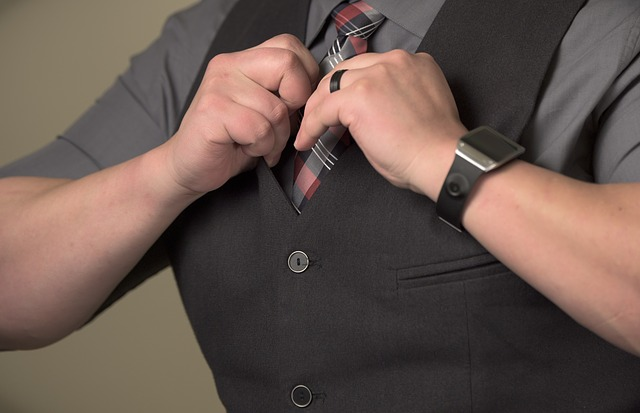 kostkovaná kravata