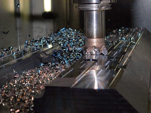 obrábění kovů špony